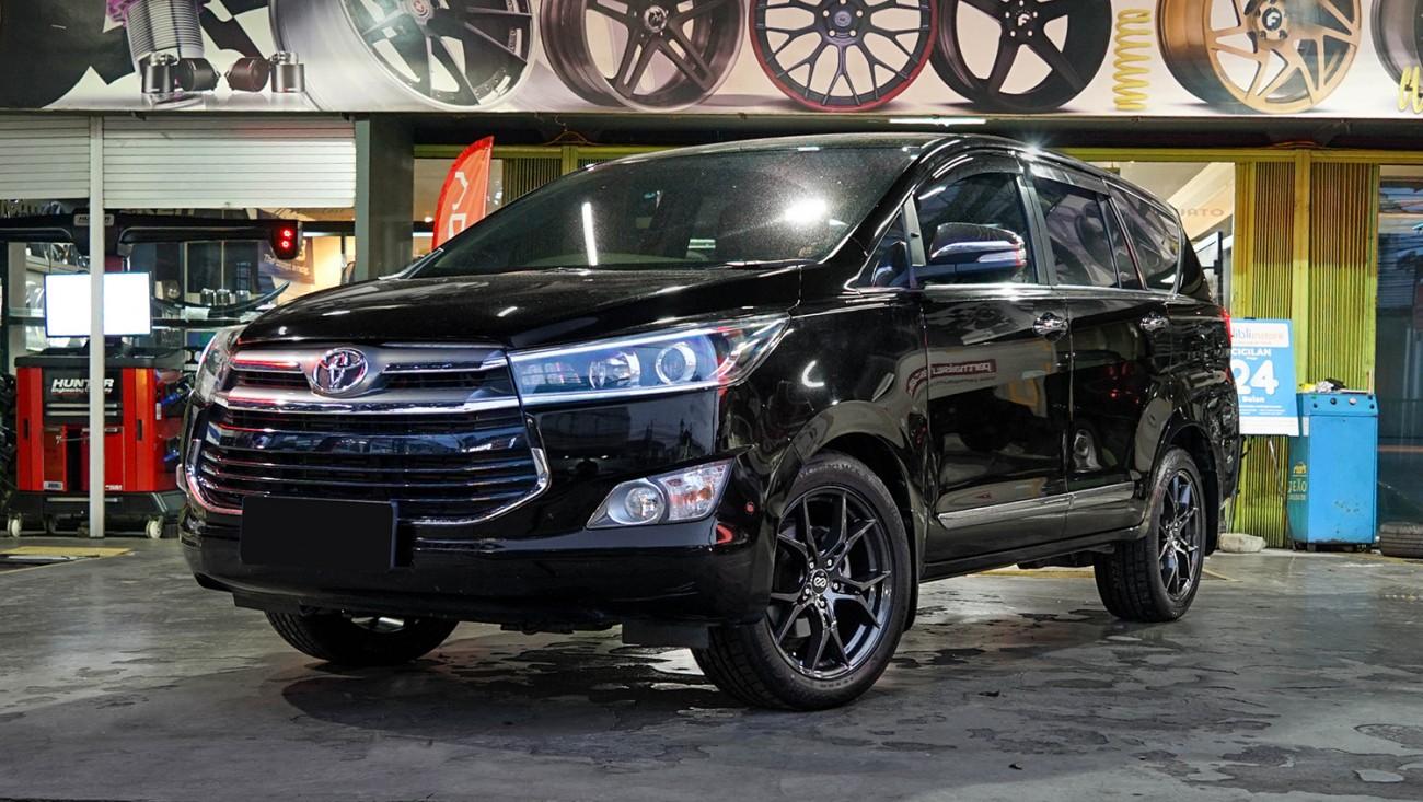 Kelebihan Kekurangan Toyota Kijang Innova Venturer Harga